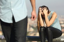 Signs Of An Emotionally Abusive Relationship